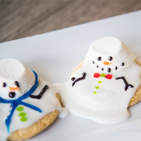 Melted Snowman Cookies – Somewhat Simple – Mrs. Claus favorite recipe