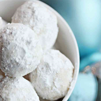 Mrs. Claus loves Snowball Cookies – Setting for Four – Christmas Recipes